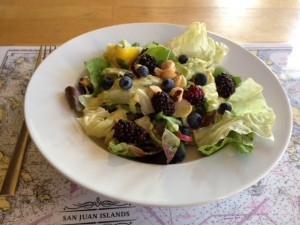 Salad with blueberries